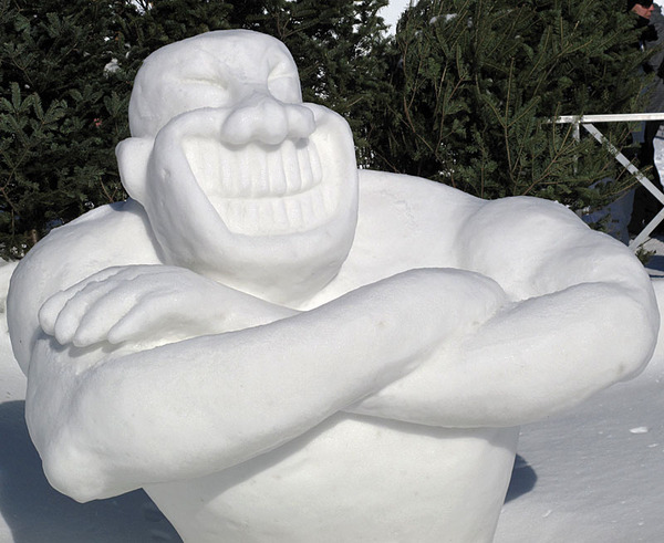 Snow Sculptures Around The World 6